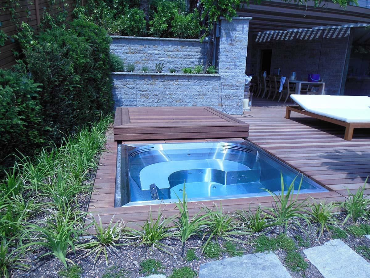 exklusive edelstahl whirlpools edelstahlpools samacostyle. Black Bedroom Furniture Sets. Home Design Ideas